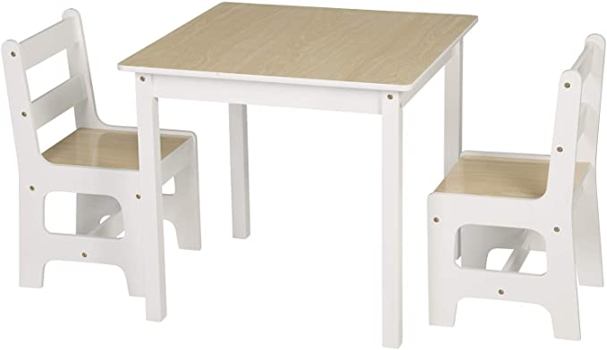 Juguetes y muebles Montessori